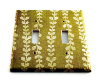 Double Light Switch Cover  Wall Decor Switch Plate Switchplate in  Vines (138D)