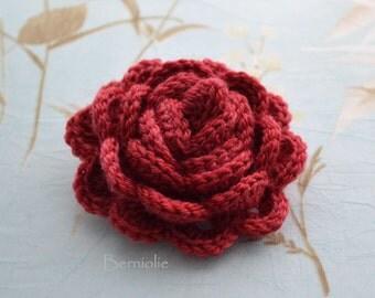 Crochet flower brooch, shawlpin, red, valentine I877