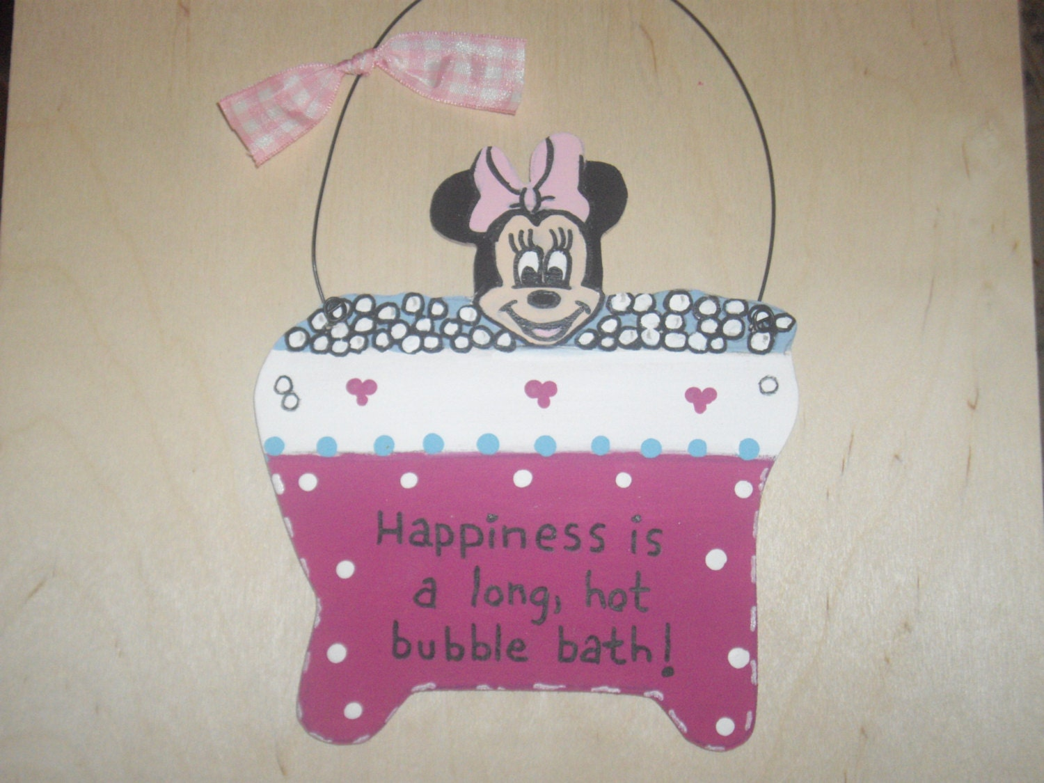 Minnie Mouse Bathroom Wall Hanging