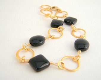 Black Onyx Chain Bracelet, Gold, Black, Classic, Wire Wrapped