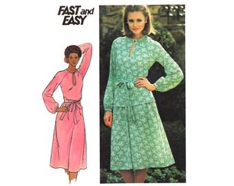 Vintage Sewing Pattern 1970s Dress Keyhole Neckline Blouse Skirt Set Two Piece Dress Plus Size bust 41 Large Half Size 18 1/2 Butterick 5298