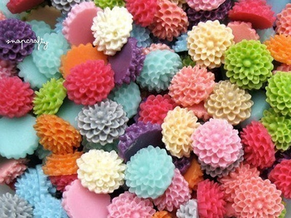 80pc you choose tiny chrysanthemum 9mm resin flower cabochons, 18 colors, perfect for making stud earrings and rings