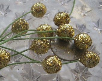 Millinery Stamen Glitter Berries Fruit Germany Cluster of 10 Composition Gold Berries  MNG 225 G