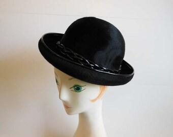 60s hat / Vintage 1960's Christian Dior Chapeaux Hat
