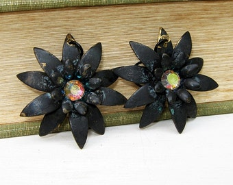 Daisy Earrings, Flower Earrings, Black Patina, Black Flower, Flower Jewelry, Rhinestones, Pink, Yellow, Blue, Handmade, Dangle Earrings
