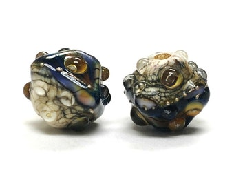 Glass Lampwork Bead Set - Five Purple Free Style Bicone Beads 10407007