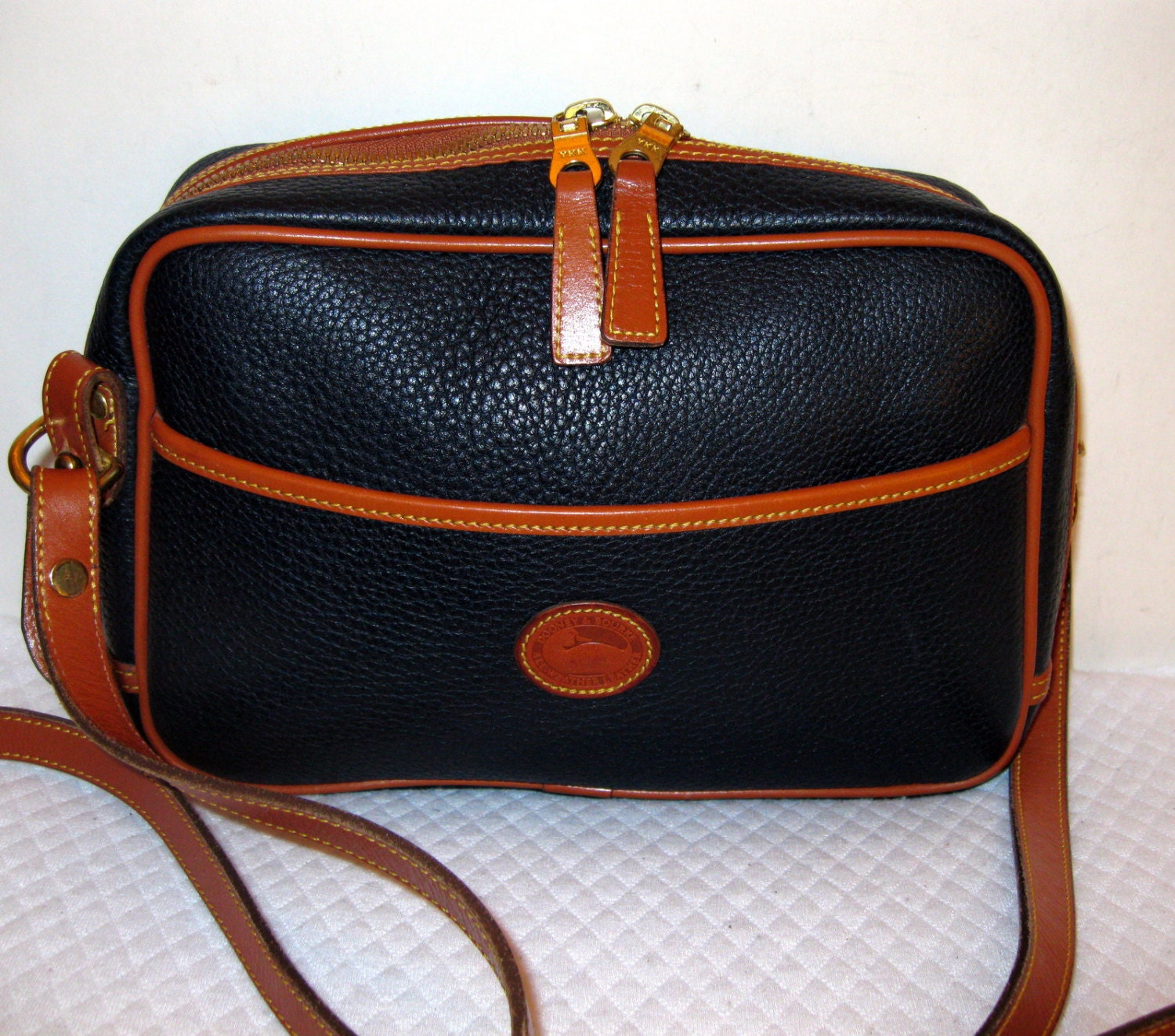 Dooney And Bourke Top Zip Camera Bag Cross Body Satchel Purse
