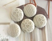 Handmade Country Rustic Wedding Cream Beige Flower Floral Lace Fabric Covered Buttons, Rustic Wedding Floral Fridge Magnets, 1.25 Inches 5's