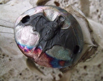 237. Raku Bat  Wondrousstrange Cuff Pendant Goth Midnight Flight