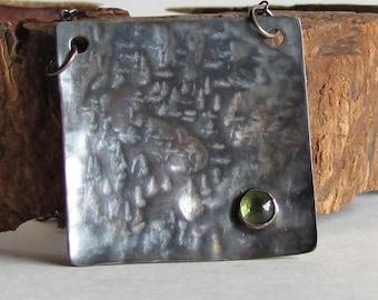 Hammered Peridot Necklace - August Birthday - August Birthstone
