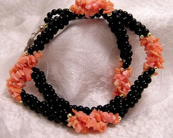 Vintage Pinkish Coral and Black Onyx Necklace J145