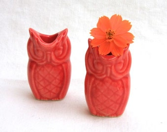Tiny Owl Vase Pair in Stoneware with Red Glaze
