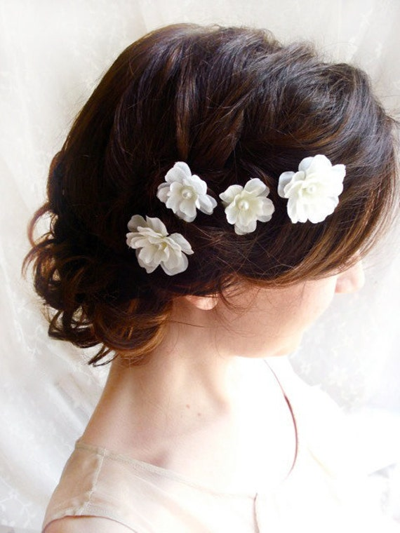 white flower hair pins, white bridal hair accessories - FALLEN STARS - wedding hair clips, bridal flower accessories, bridesmaid