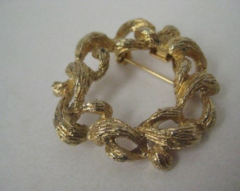 Gold Brooch Vintage Pin