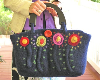 Poppy Passion - A Navy-colored felted handbag embellished with poppies