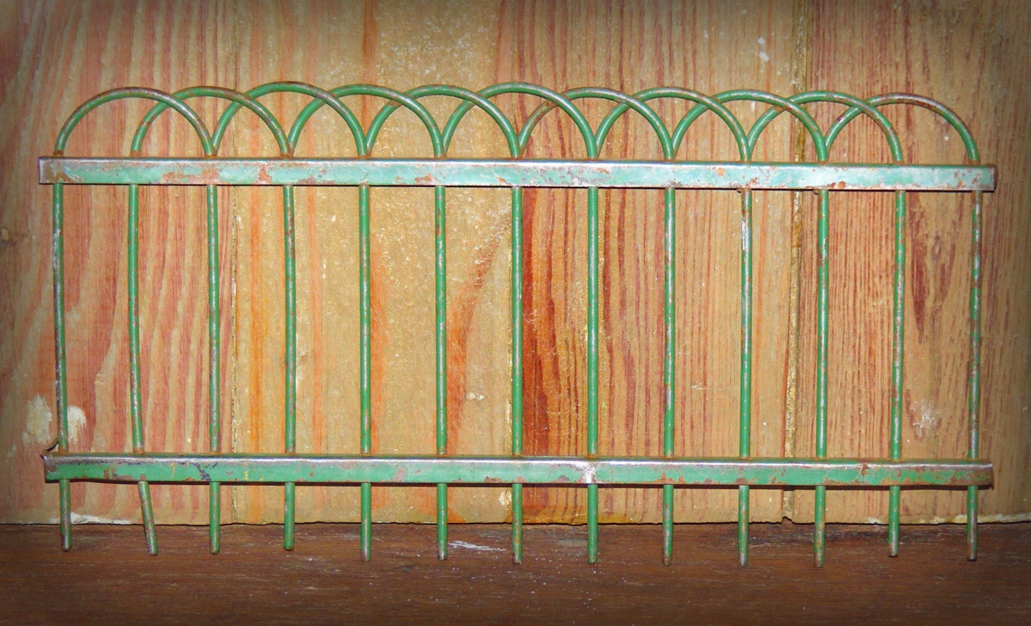 Antique Childs Toy Size Metal Iron Fence Section With Chippy