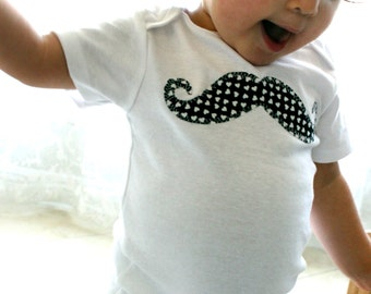 Black and White HEARTS Missy MUSTACHE Baby Girls Bodysuit 0-18 Months