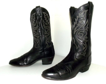 Vintage Justin brand Black leather broken in cowboy boots size 11 D