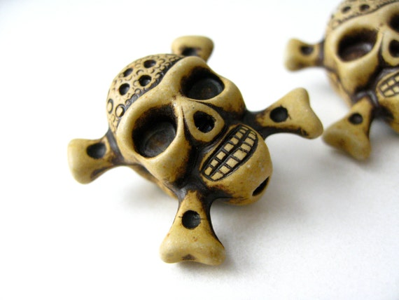Resin Pirate Skull and Crossbone Beads