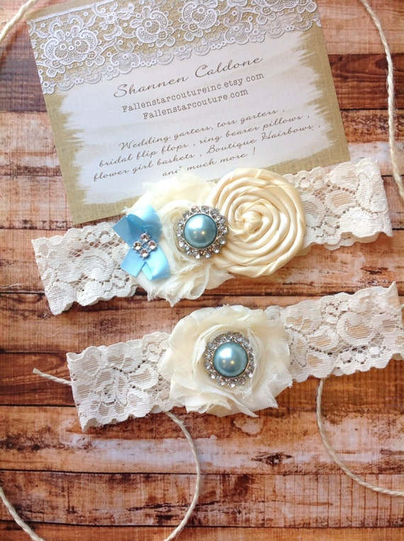 Garter/ ivory wedding garter / bridal  garter/  lace garter / toss garter / Something BLue wedding garter / vintage inspired lace garter