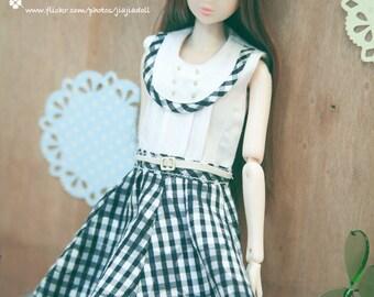 jiajiadoll-black and white checked fur dress fit momoko or misaki or blythe