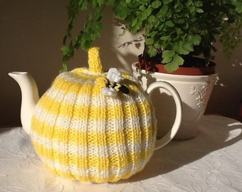 Traditional English Rib Tea Cosy with Bumble Bee - 4 cup pot - yellow and cream