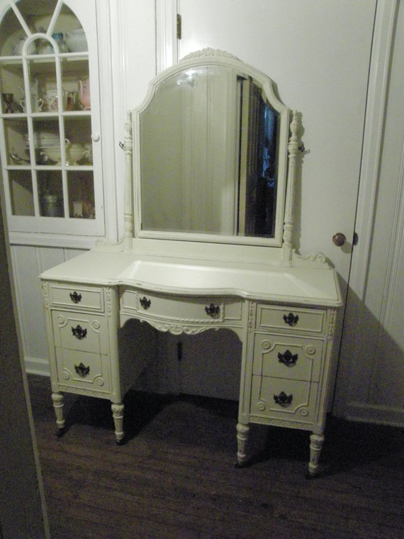 Antique Vanity Shabby Chic Ivory Off White Distressed Cottage