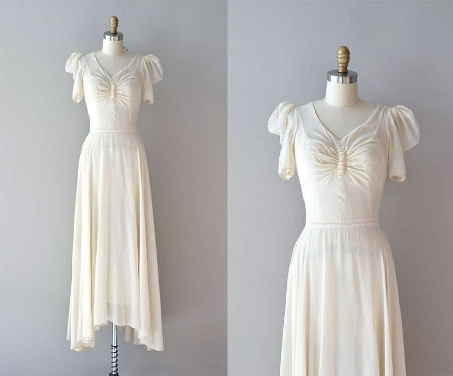 1930s Wedding Gowns