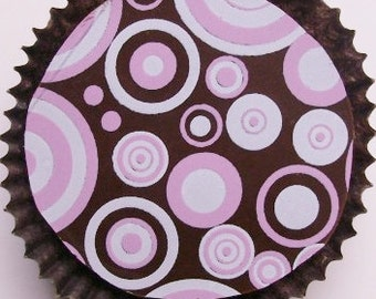 Designer Chocolate Covered Oreos -Pink and White Circles Design
