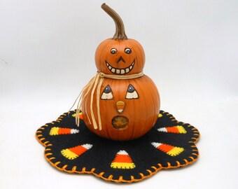 Halloween Candy Corn Penny Rug with Resin Jack-O-Lantern Pumpkin