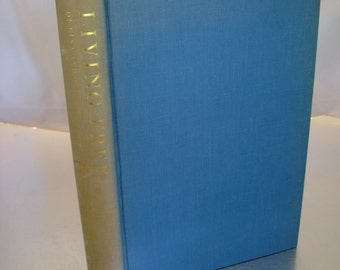 Vintage Classic 1961 Book - Living Free, The Story of Elsa and Her Cubs by Joy Adamson, Sequel to Born Free