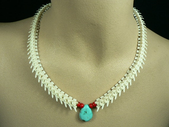Rattlesnake Vertebra Choker / Necklace with real Turquoise Tear Drop bead and Glass White Heart beads