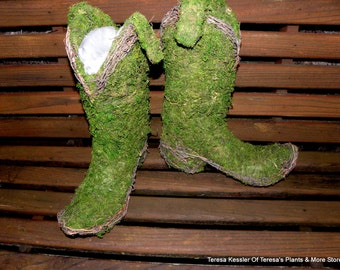 Moss Cowboy boot moss and vine planter-preserved moss planter-True to life size boots for a Country wedding decor