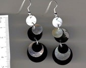 shell earring, tiered dangle- black and white