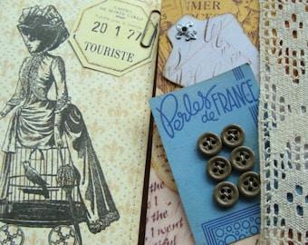 Antique France Noveaute Button Card