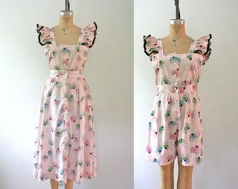 1940s romper / novelty print dress / Cupcake Pinafore dress