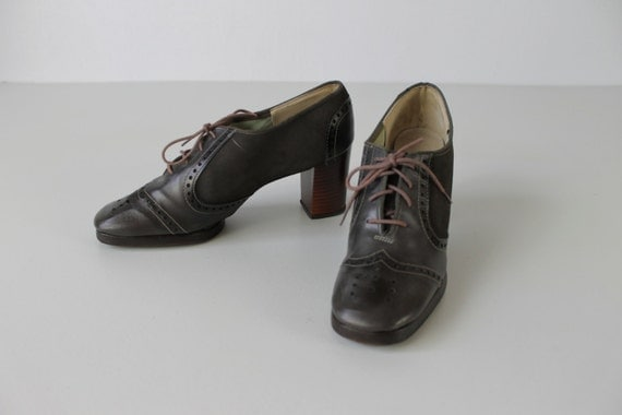 Brogue Shoes / 1970s Oxford Heels / Brogue Oxfords / Slate