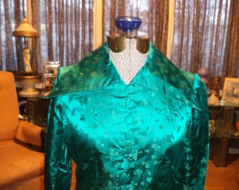 Fabulous Vintage 70's Emerald Green Floral Embroidered Silk Chinese Long Maxi Dress Hostess Gown