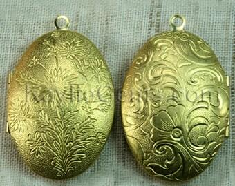 Large Oval Lockets Antique Brass Victorian Flower   -  LKOS-99RB - 2 pcs