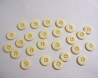 25 Cream Colored Buttons, Lot  2151 (Free US Shipping)
