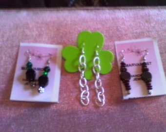 3 prs for 15.00.....earrings