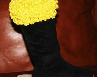 CROCHET PATTERN - The Curly Top Boot Cuff --Make it for children and adults.. Party-- Party    --Put some fun in your boot