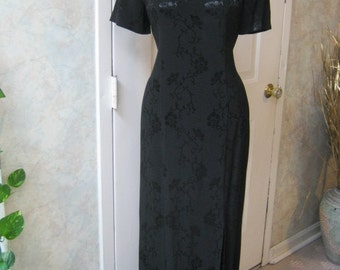 Vintage classic  embossed black column gown, Oriental inspired black high neck gown, Cheongsam black gown size 6 made in USA