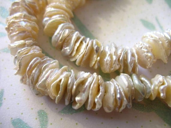 CENTER DRILLED,, Keshi Pearls Beads, Freshwater Cultured, 10 pcs, 9-11 mm, White Peach Lilac Pink, June birthstone, kw solo