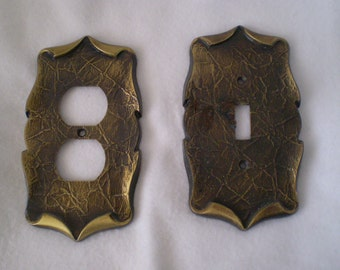 Set Of Two Vintage Single Toggle Light Switch Plate And Outlet Plate