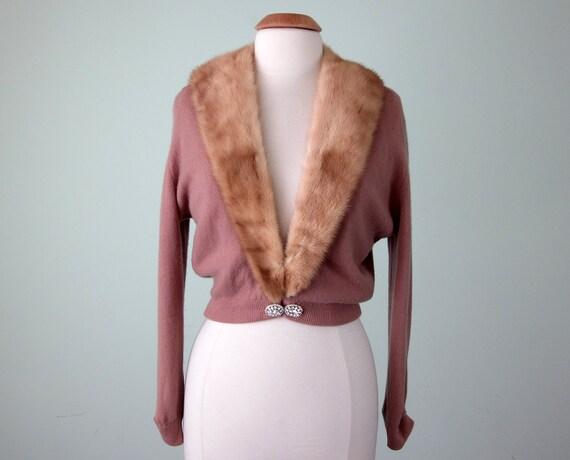 50s sweater / rose cashmere fur collar knit cardigan cropped (m - l)