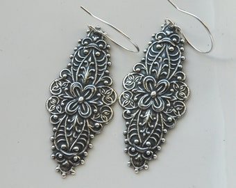 Filigree earrings - bohemian earrings  - chandelier earrings, dangle, antique silver earrings