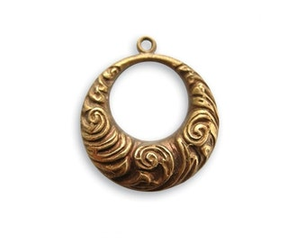 2 pieces 19x17mm Nouveau Swirls, Vintaj Natural Brass Item TR50