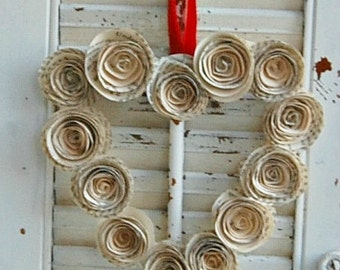 "6"" Heart  Wreath / Paper Rose Wreath / Heart Book Page Wreath"