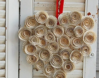 "12"" -Valentine Heart Wreath / Paper Rose Heart / Vintage Book Rose Wreath"